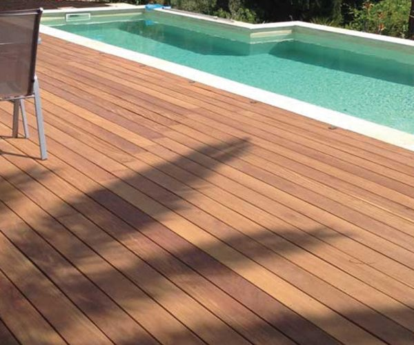 Slide terrasse bois piscine - Jad'O Parquet